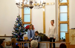 Występ dzieci w pierwszy dzień Świąt 25.12.2016 r.